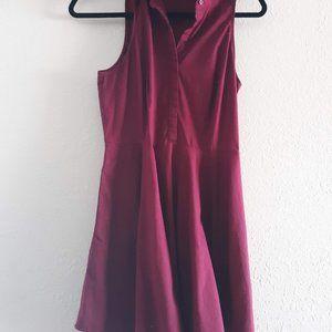 Express sleeveless collared maroon dress